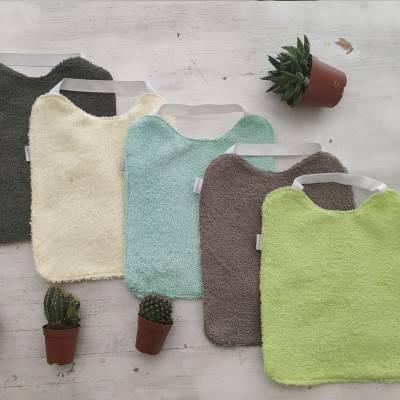 baberos-de-rizo-con-goma-especial-babero-guarderia-mimuselina-colores-cactus-verdes