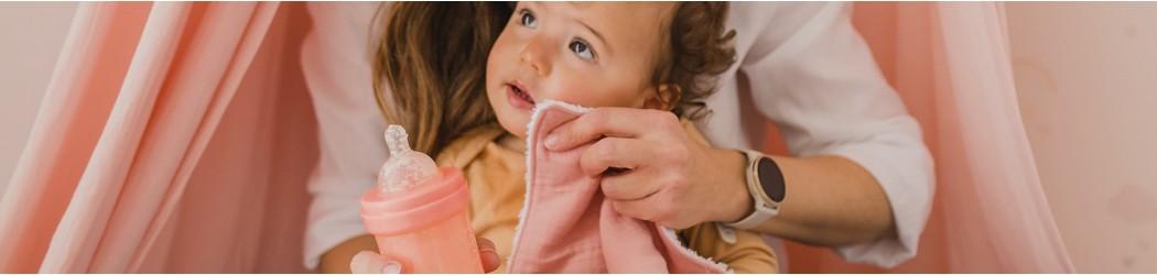 Qué necesita un bebé para comer: baberos,bolsas de almuerzo Mimuselina